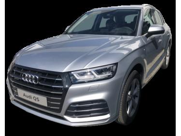 Audi Q5 55 TFSI e quattro S...